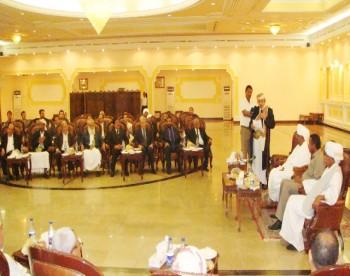 الشيخ صادق في زيارة لسودان للمناصرة الرئيس السوداني عمر البشير 10/3/2009م