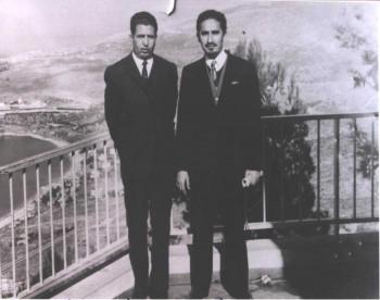 الشيخ  عبد الله بن حسين الأحمر والفريق حسن العمري في القاهرة 1972م
