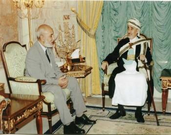 الشيخ عبد الله  يستقبل رئيس منظمة الاغاثة الاسلامية في بريطانيا  الدكتور هاني البناء 20 يناير 2006م