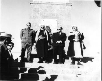 القاضي الإرياني والأستاذ محسن العيني والشيخ عبد الله وحسين المسوري