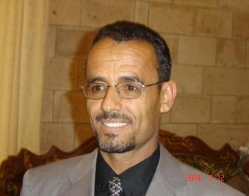 الدكتور عيدروس النقيب عضو مجلس النواب ورئيس كتلة الإشتراكي في المجلس ضمن المستقبلين