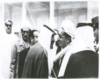 الشيخ عبد الله يزور المملكة العربية السعودية عام 1973م والأمير عبد الله بن عبد العزيز مستقبلاً له .