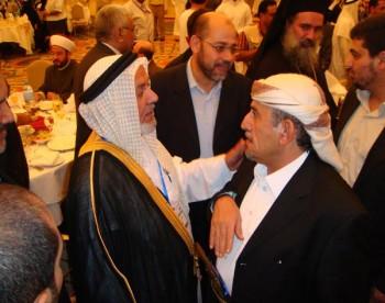 الشيخ صادق مع الدكتور حارث الضاري رئيس هيئة علماء المسلمين السنة بالعراق  فى مؤتمر القدس السادس بالدوحة 13-10-2008